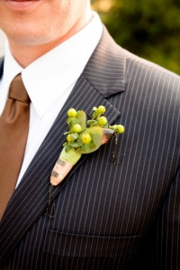 Modern take on the traditional grooms Boutonnière