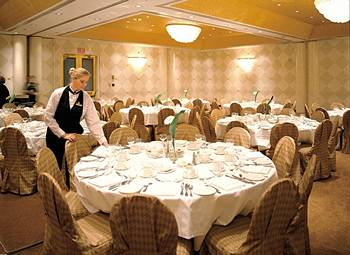 White Oaks Resort & Spa will be at the Hamilton-Halton Wedding Show 2013